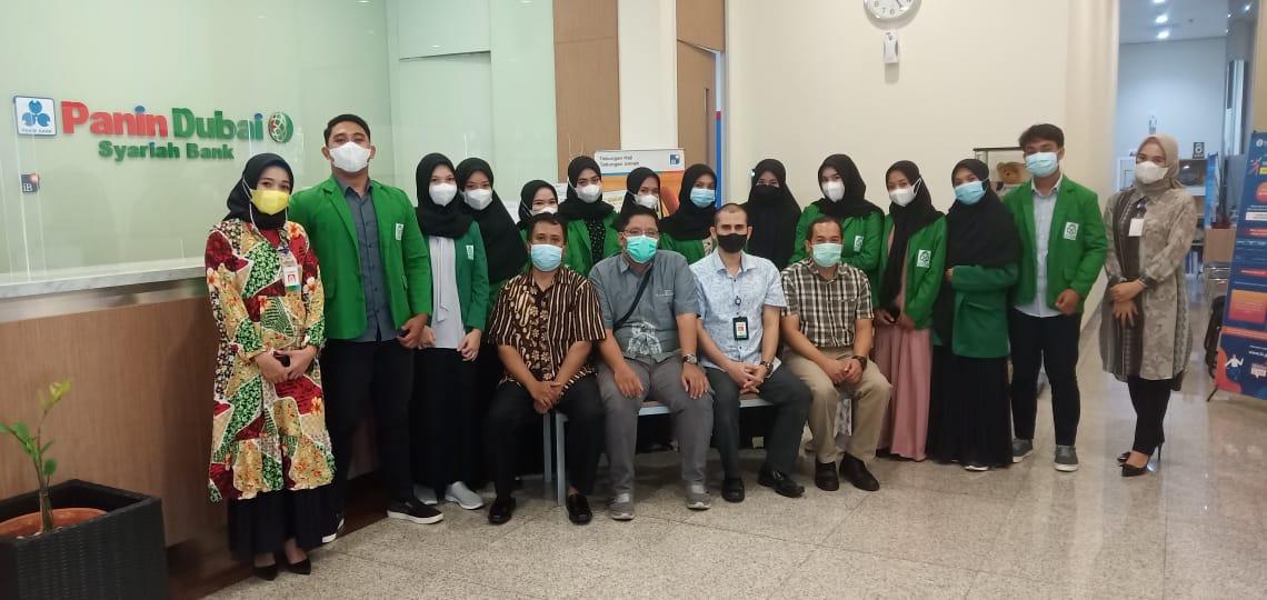 Jurusan Perbankan Syariah Melepas Mahasiswa untuk Magang di Bank Panin Dubai Syariah