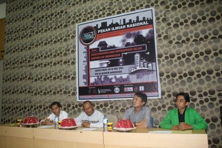 Pekan Ilmiah Mahasiswa bekerja sama dengan DEMA FEBI UINAM
